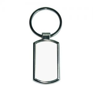 Egyedi fényképes téglalap alakú fém kulcstartó! Kulcstartó kifejezetten olyan ajándéktárgy, ami bárkinek és szinte bármilyen alkalomból adható. Nagy kedvenc, hiszen mindennapos használatra alkalmas személyre szabott, elegáns egyedi ajándék. Lepje meg például kedvesét a nyaralás legjobb pillanatát felelevenítő fotóval, netán családtagjait egy saját portét ábrázoló kulcstartóval . A felületén bármilyen logót, képet vagy szöveget könnyedén elhelyezhet, aminek köszönhetően a megajándékozott a segítségével még hosszú évek múltán is emlékezni fog önre. A kulcstartóval szerettei mindig önnel lesznek, bármerre megy. A technológiának köszönhetően a nyomtatott fotó soha nem tűnik el, az anyag felületén nem kitapintható, nem törik meg. Válassza ki kedvenc fényképét, és készítse el az egyedi fényképes kulcstartóját. Kattintson a Te Tervezd gombra és fényképét töltse fel. Szerkesztőprogramunk segítségével szerkessze meg egyszerűen és gyorsan, néhány kattintással! (Ha nincs semmi elképzelése az se baj, írjon nekünk és mi segítünk megtervezni önnek) (Tervezőbe van lehetősége, hogy a képet fektetve illetve állítva megtervezze)